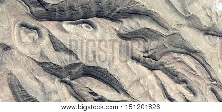 Allegory scene of the flight of innocent people petrified by the action of war photography abstract landscapes of deserts of Africa from the air, collection of Abstract Naturalism Munimara