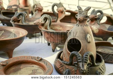 Sunday clearance sale souvenirs of clay,ashtrays with relief pattern,candlesticks with ram's head