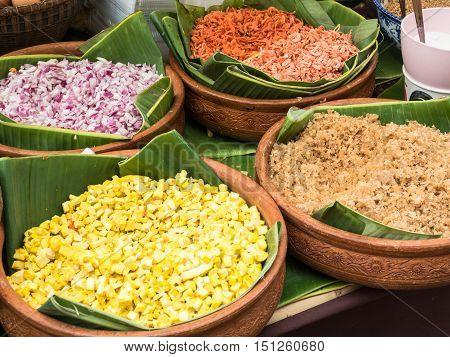 ingredient of Stir-fried rice noodles (Pad Thai).