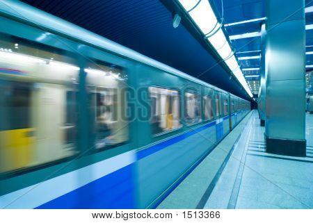 Moscow Metro Passengers
