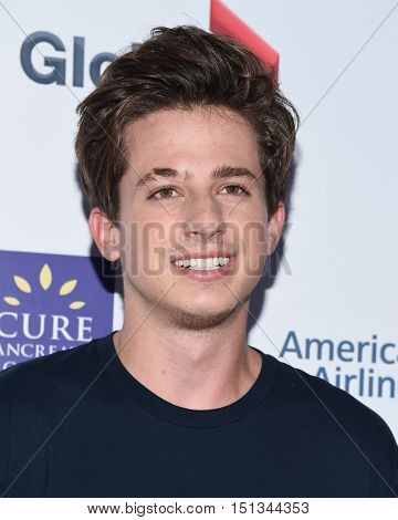 LOS ANGELES - SEP 09:  Charlie Puth arrives to the Stand Up To Cancer 2016 on September 09, 2016 in Hollywood, CA