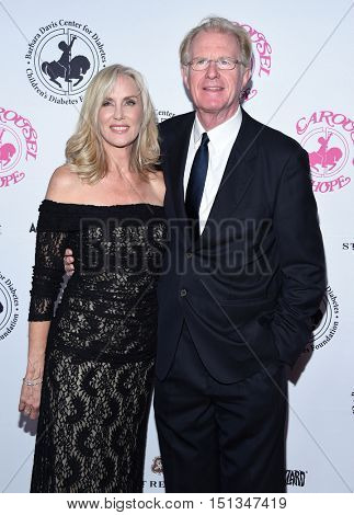 LOS ANGELES - OCT 8:  Ed Begley Jr and Rachelle Carson arrives to the Carousel of Hope 2016 on October 8, 2016 in Hollywood, CA