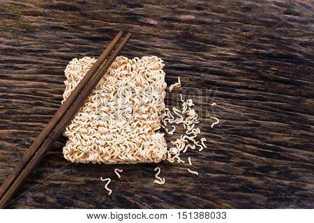 Instant noodles on wood for design food.