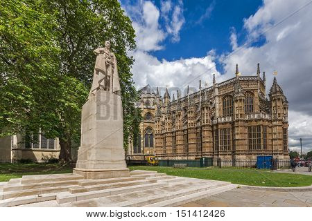 George V monument and Westminster Abbey, London, England, Great Britain