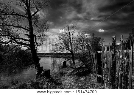 Dramatic autumn landscape on the river Klyazma in November