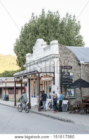 Arrowtown, New Zealand - February 2016: Old Classic Buildings And Shops On Buckingham Street In The