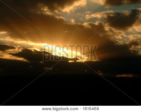 Sunset  Spectacular With Clouds