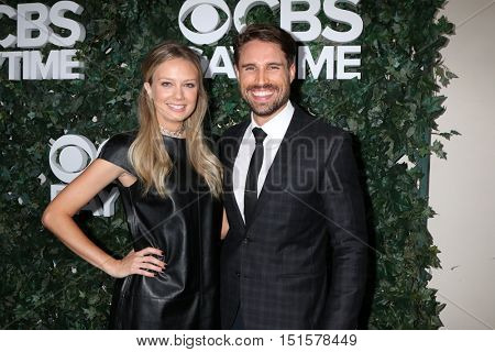 LOS ANGELES - OCT 10:  Melissa Ordway, James O'Halloran at the CBS Daytime #1 for 30 Years Exhibit Reception at the Paley Center For Media on October 10, 2016 in Beverly Hills, CA
