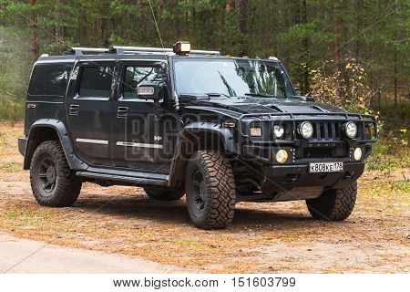 Hummer H2 Stands On Country Road