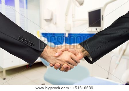 partners in agreement in the odontology business