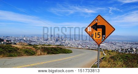 Stunning view from twin peaks over skyline of San francisco, California, USA