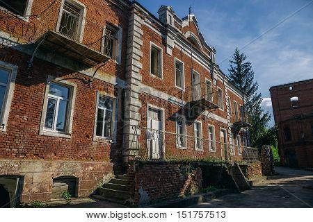 An old abandoned manor of earl Taldikin in Lipetsk Region