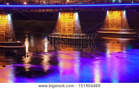 Tyne Bridge at night The iconic bridges over the River Tyne betweenreflection in the water of illumination of the bridge