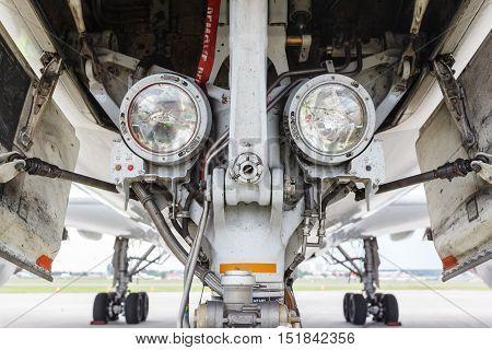 Landing lights on aircraft nose landing gear