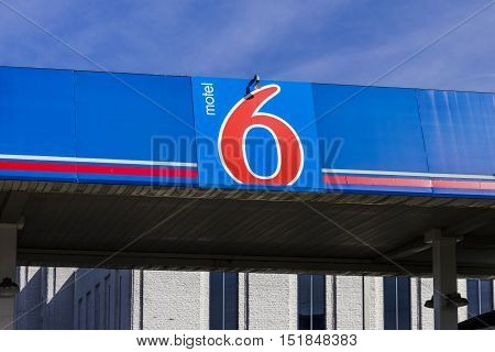 Kokomo - Circa October 2016: Motel 6 Logo and Signage. Motel 6 is a major chain of budget motels I