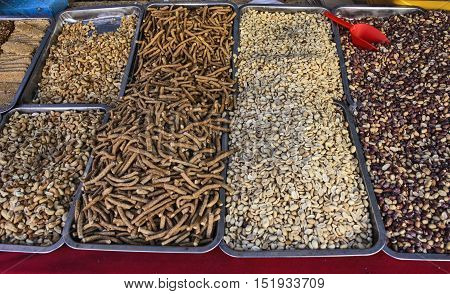 Sales of fresh and tasty peanut in the market.