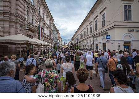 Szeged, Hungary - July 4, 2018: Street Of Szeged City Center Crowded During A Cloudy Afternoon. Szeg