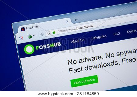 Ryazan, Russia - July 24, 2018: Homepage Of Fosshub Website On The Display Of Pc. Url - Fosshub.com