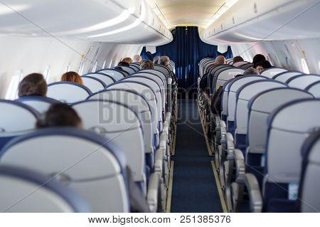 Passenger Inside Cabin Flight Gray Interior Half Empty Salon Problem Porthole Window