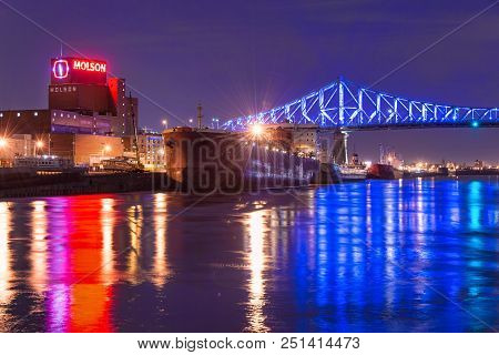 Montreal, Ca - 10 April 2017: The Jacques-cartier Bridge Tests Its New Lighting System Created By Mo