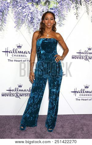 LOS ANGELES - JUL 26:  Holly Robinson Peete at the Hallmark TCA Summer 2018 Party on the Private Estate on July 26, 2018 in Beverly Hills, CA