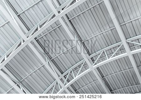 Industrial Corrugated Metal Ceiling Structure With Metal Truss Frame