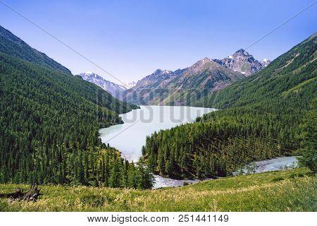 Mountain Lake Kucherlinskoe From Above, Altay, Russia. Beautiful Landscape Without People. Beautiful