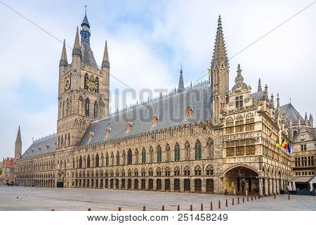 View At The Cloth Hall And City Hall At The Grote Markt Of Ypres - Belgium