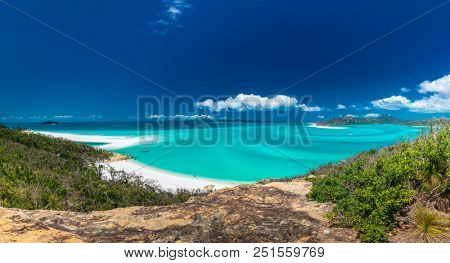 Panoramic view of the amazing Whitehaven Beach in the Whitsunday Islands, Australia