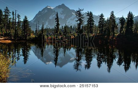 Picture Lake - Heather Meadows Landscape In Autumn