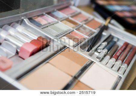 Make-Up Box
