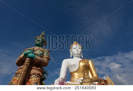 Buddha And Giant Statue At Chaing Mai , Thailand