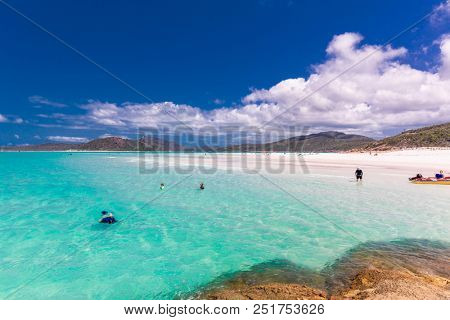WHITSUNDAYS, AUS - SEPT 22 2017: Amazing Whitehaven Beach in the Whitsunday Islands, Queensland, Australia