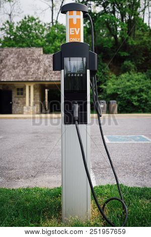 Electric Car Vehicle Automotive Ev Charging Station