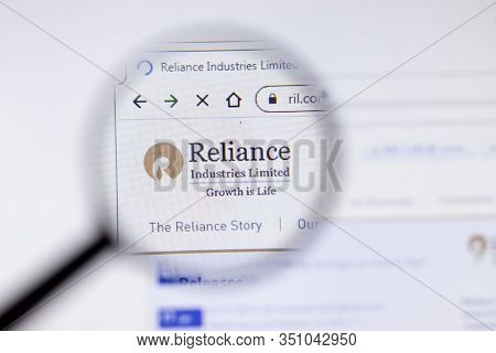 Saint-petersburg, Russia - 18 February 2020: Reliance Industries Limited Company Website Page Logo O