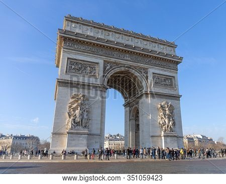Paris, France - December 31, 2019: The Arc De Triomphe On December 31 In Paris. The Arc De Triomphe