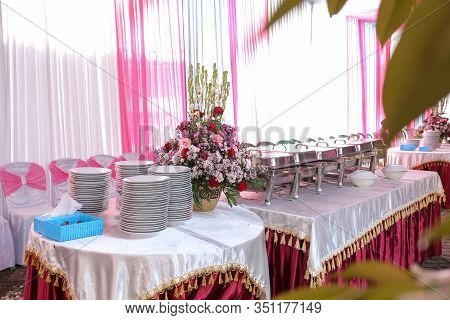 Food Catering Buffet For Wedding Ceremonies, Seminar, Meeting, Conference, Parties Or Event With Flo