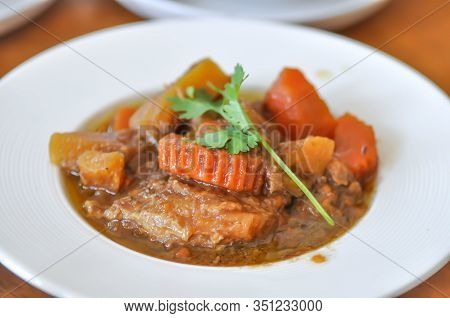 Stew, Pork Stewed In The Gravy Or Carrot Stewed