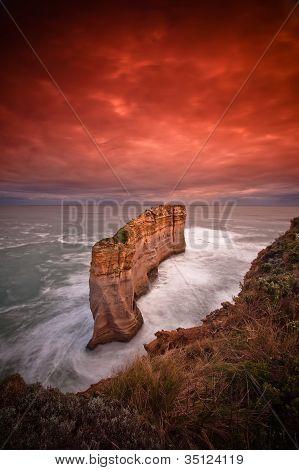 Sunrise at sandstone rock formation of Twelve Apostle, Great Ocean Road, VIC, Australia
