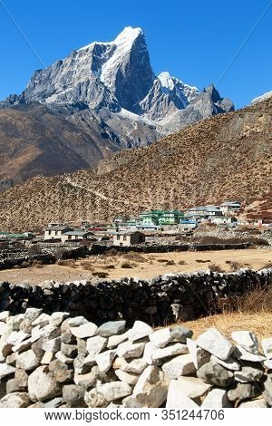 Lodge Or Hotel In Dingboche Village And Himalayas - Way To Mount Everest Base Camp - Khumbu Valley -