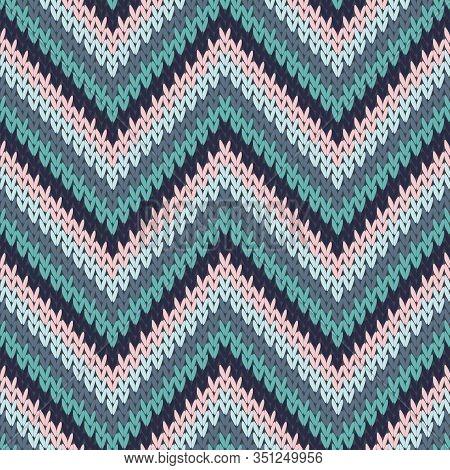 Chunky Zigzag Chevron Stripes Christmas Knit Geometric Vector Seamless. Ugly Sweater Knitwear Struct