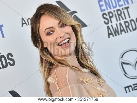 LOS ANGELES - JAN 06:  Olivia Wilde arrives for the Film Independent Spirit Awards 2020 on February 08, 2020 in Santa Monica, CA