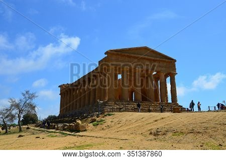 The Ancient Temple Of Concordia, Agrigento (sicily, Italy)