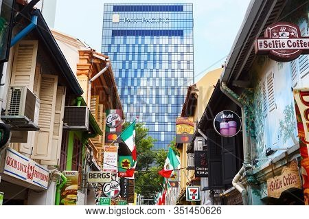 Singapore-november 28, 2019: Bugis, Kampong Glam, Street Haji Lane, Singapore
