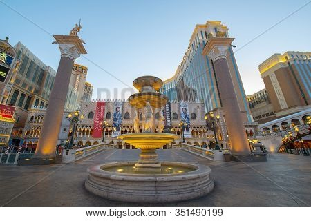 Las Vegas - Dec 26, 2015: Doge`s Palace (palazzo Ducale) Of The Venetian At Night On Las Vegas Strip