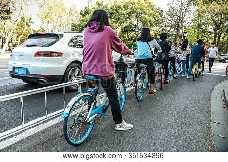 Hangzhou, China - March 30, 2018 : Rental Bicycle For Riders Are On The Road Of Anywhere In Hangzhou