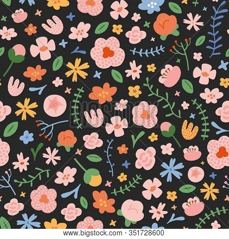 Spring Flower Pattern, Abstract Doodle Flowers, Hand Drawn Illustration, Seamless Vector Pattern, Or