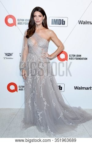 LOS ANGELES - FEB 9:  Ashley Greene at the 28th Elton John Aids Foundation Viewing Party at the West Hollywood Park on February 9, 2020 in West Hollywood, CA