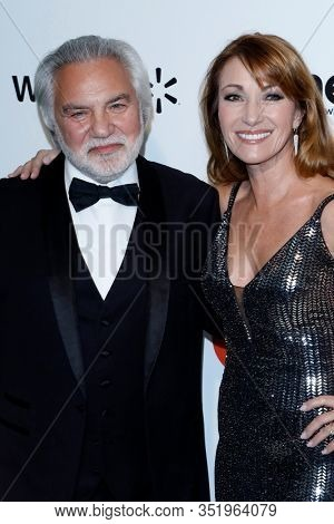 LOS ANGELES - FEB 9:  Jane Seymour, David Green at the 28th Elton John Aids Foundation Viewing Party at the West Hollywood Park on February 9, 2020 in West Hollywood, CA