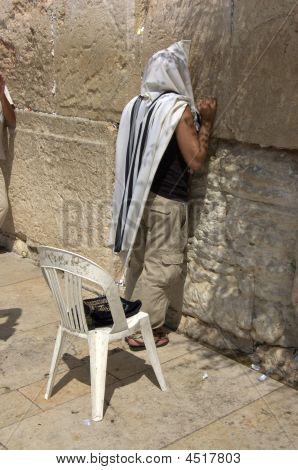 Isreal Man Praying